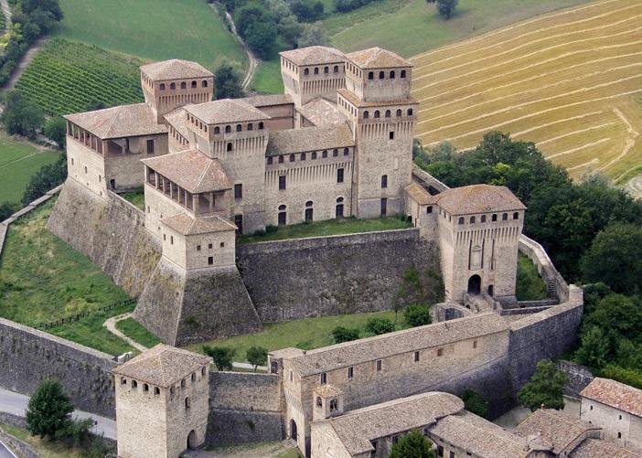 castello di torrechiara b&b solis